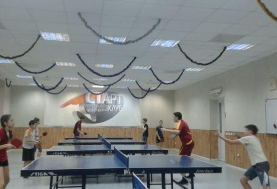 Секция настольного тенниса, тренеры Мороз В.Ю. и Алексеева А.Ф.