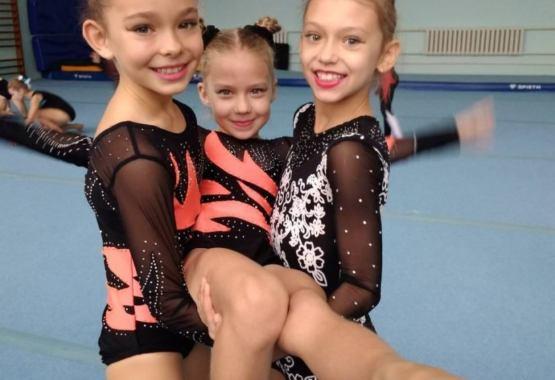 Акробаты СТК «Старт» подтверждают свои спортивные звания!