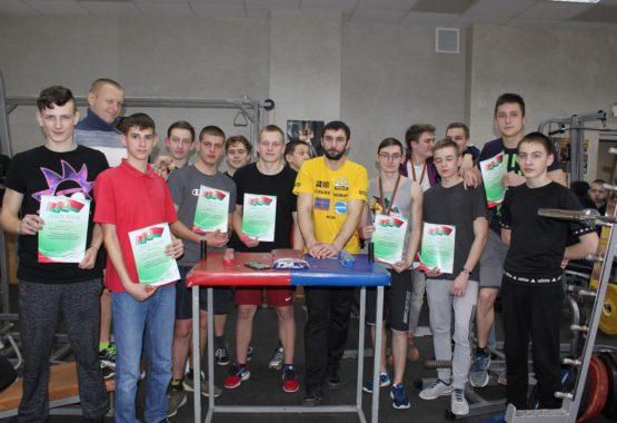 Турнир сильнейших рукоборцев СТК «Старт»