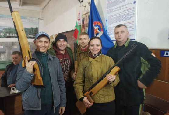 В «десяточку» на чемпионате Мозырского района по пулевой стрельбе